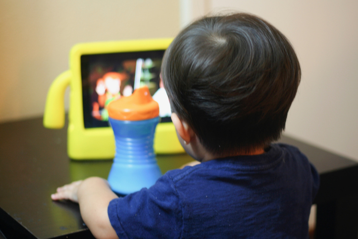 Screen Time for Toddlers: What to Consider